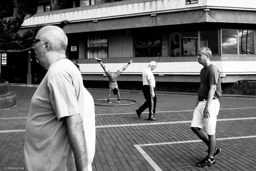 https://www.facebook.com/Canarias.street.photography.by.AndresyCesar/?ref=ts&fref=ts <br> https://www.flickr.com/photos/andresycesar/ <br> https://es.pinterest.com/andresycesar/canarias-street-photography/ <br>