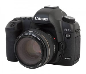 Canon_EOS_5D_Mark_II_with_50mm_1
